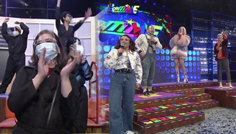 WATCH: ABS-CBN bosses, bumisita sa Showtime studio para sumuporta  Image Thumbnail