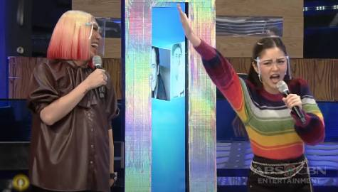 Vice Ganda, natawa sa intense hosting ni Kim Chiu | It's Showtime Image Thumbnail