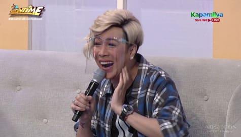 Vice Ganda, aksidenteng nasabi ang susunod nilang guest singer sa Hide & Sing | It's Showtime  Image Thumbnail