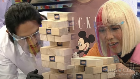 'Showtime' family, nagharap sa isang Wooden blocks game!  Image Thumbnail