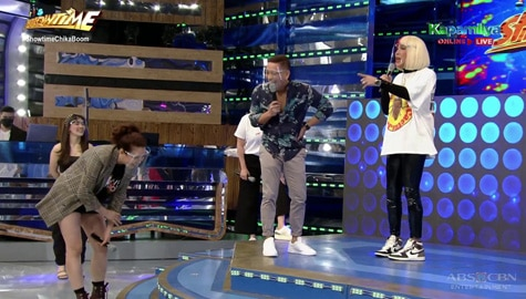 Showtime family, hiningal matapos ang energetic 'Chikaboom' dance! | It's Showtime  Image Thumbnail