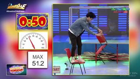 Elmo, tahimik na nagawa ang unang challenge sa 'Walang Tunugan' | It's Showtime Image Thumbnail