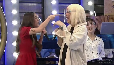 "Kim to  Vice Ganda: ""Parang may utang ako sa'yo"" 