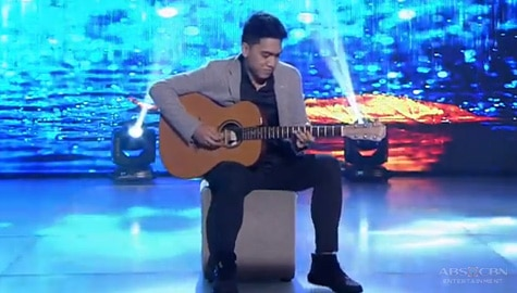 Boy Pick-Up, ipinakita ang talento niya sa Versus | It's Showtime  Image Thumbnail
