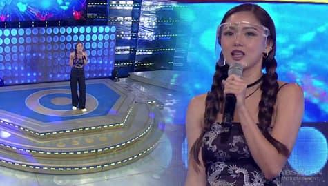 """""""Bumalik kayo!"""" Kim Chiu, naiwan mag-isa sa It's Showtime stage!  Image Thumbnail"""