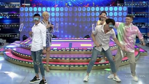 It's Showtime: Team Vhong, tinanggap ang bagong FUNishment ng Team Vice habang naka-blindfold Image Thumbnail