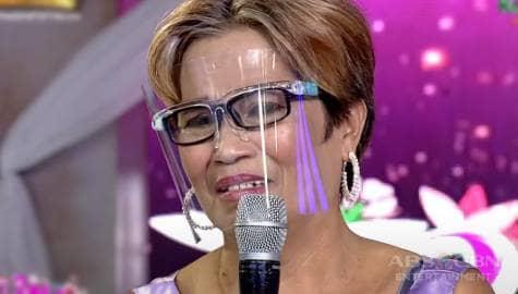 ReiNanay Yolly, naging emosyonal habang nagkukwento kay  Vice Ganda | It's Showtime  Image Thumbnail