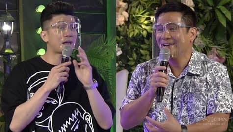 Vhong at Ogie, nagkatuwaang pag-usapan ang 'pustiso' | It's Showtime
