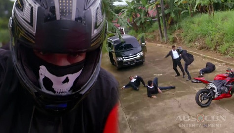 Los Bastardos: Connor, hinarang ang mga tauhan ni Catalina upang bawiin ang pera Image Thumbnail