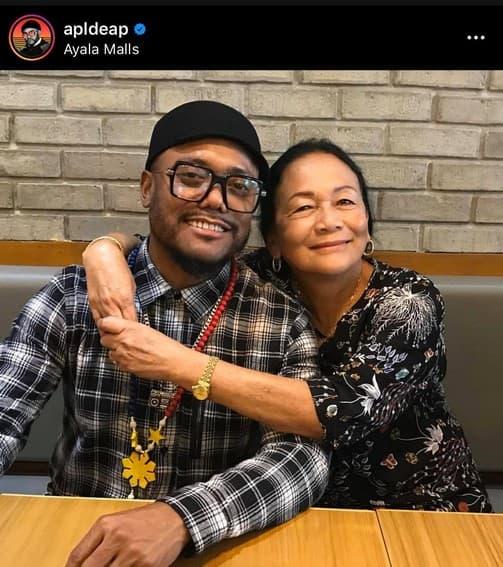 Coach Apl.de.ap with his lovable Mom
