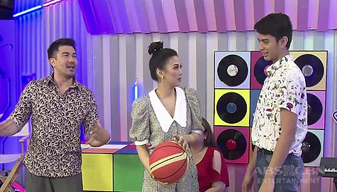 WATCH: Alex, sinubok ang galing sa basketball ni Johnray | The Voice Teens 2020 Image Thumbnail